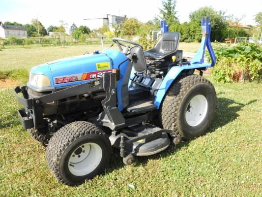 micro tracteurs d 39 occasion et neufs vendre agriaffaires. Black Bedroom Furniture Sets. Home Design Ideas